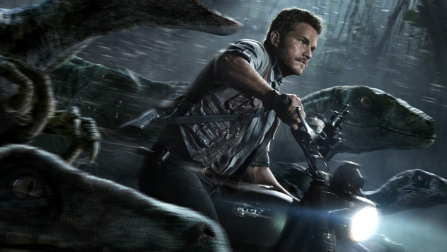 JURASSIC-WORLD-review-still