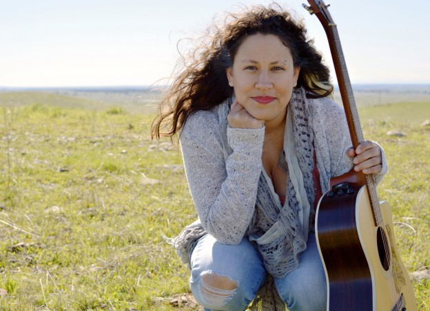 Sandra Dolores
