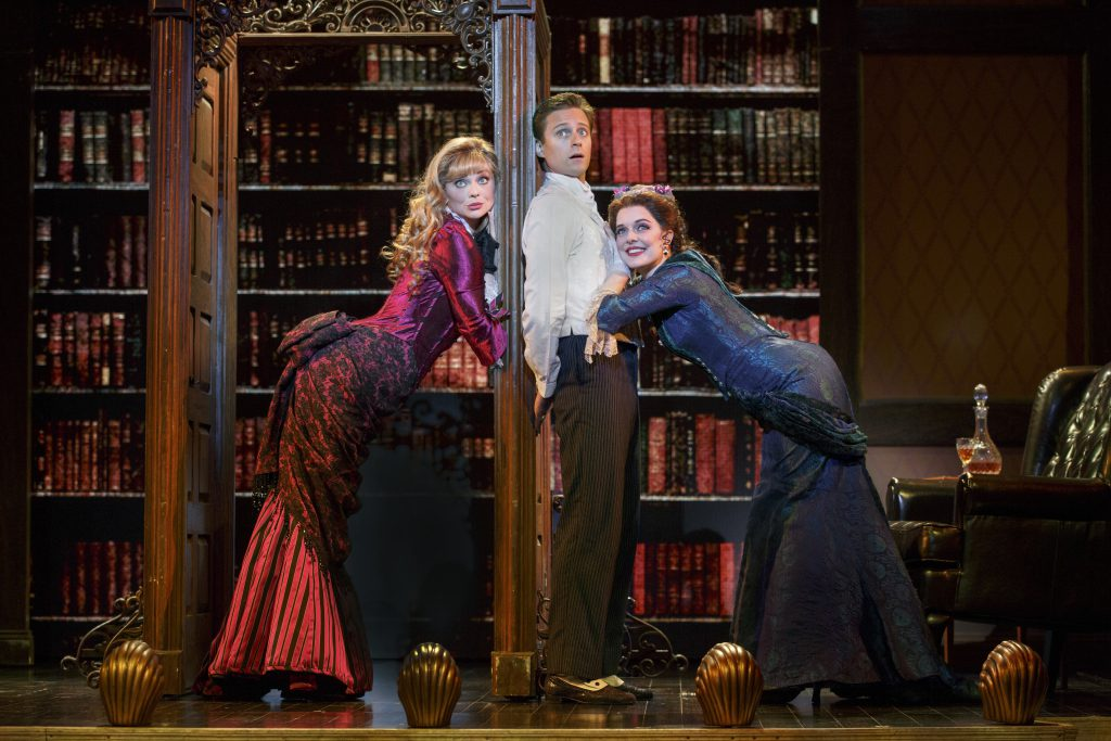 Kristen Beth Williams as Sibella Hallward, Kevin Massey as Monty Navarro and Kristen Hahn as Phoebe D'Ysquith | Photo by Joan Marcus