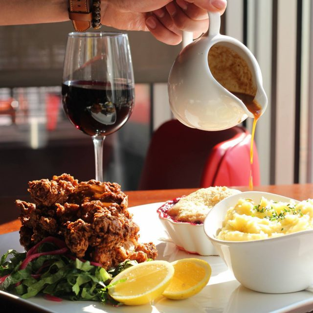 Roxy Launches Fried Chicken Sunday Dinner Deal