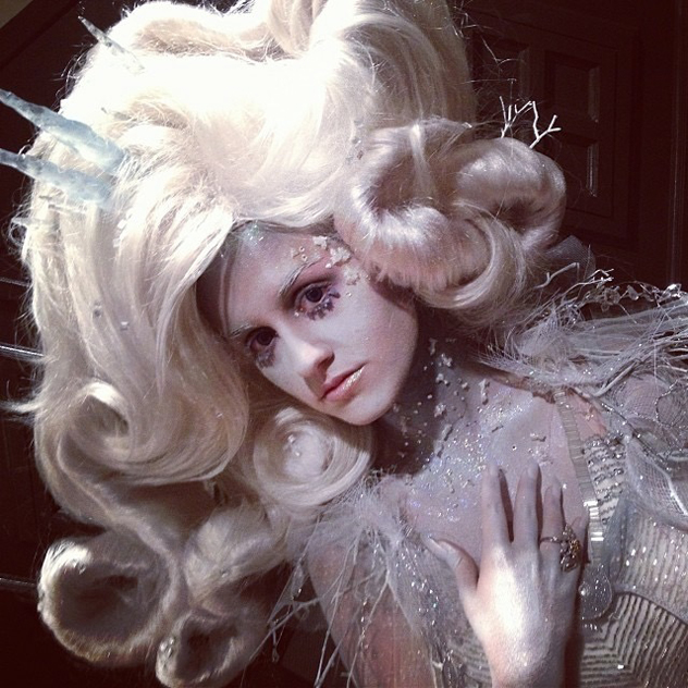 Ice queen makeup done for E! Hollywood red carpet show for the Oscars | Photo and makeup by Nicole Chilelli
